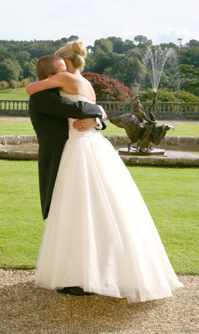 castle-hill-wedding-hug.jpg