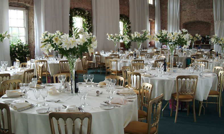 castle-hill-wedding-table.jpg